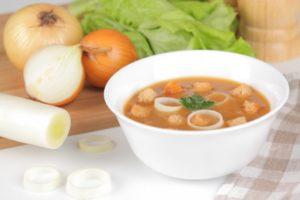 Луковый суп для похудения безопасно